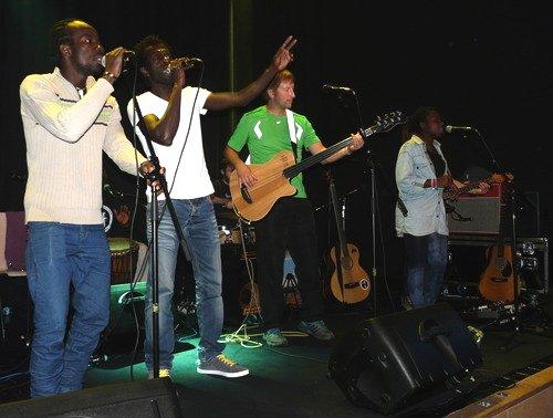 Die Band aus Flüchtlingen im Junity